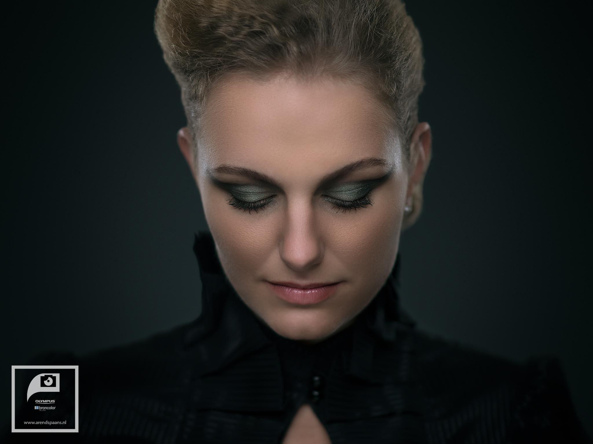 Model: Angela van den Broek Visagie en haar: Anne Loos