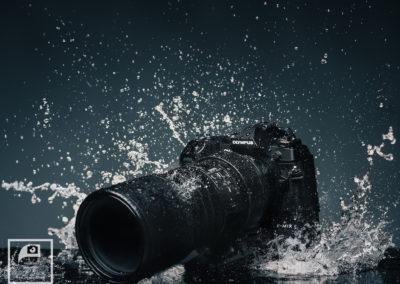 Olympus OM-D E-M1X splashproof.
